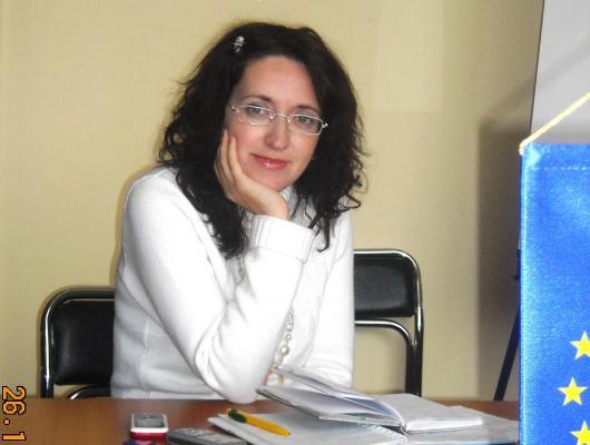 Huri Beáta: Lépéselőny egyesület elnöke, Debreceni Foglalkoztatási központ vezetője